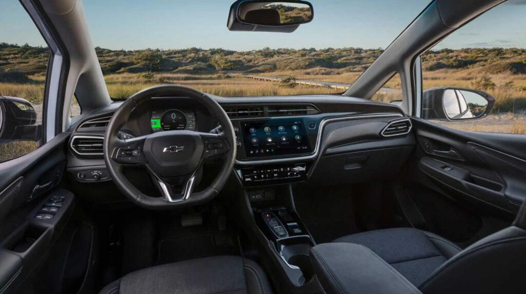 Салон нового Chevrolet Bolt