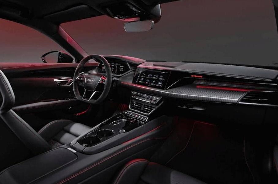 Салон Audi e-tron GT