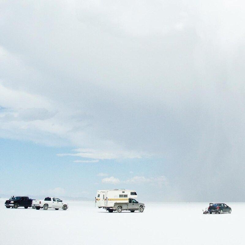 Испытания гоночного болида Electraliner проходили на дне высохшего соляного озера площадью 260 квадратных километров