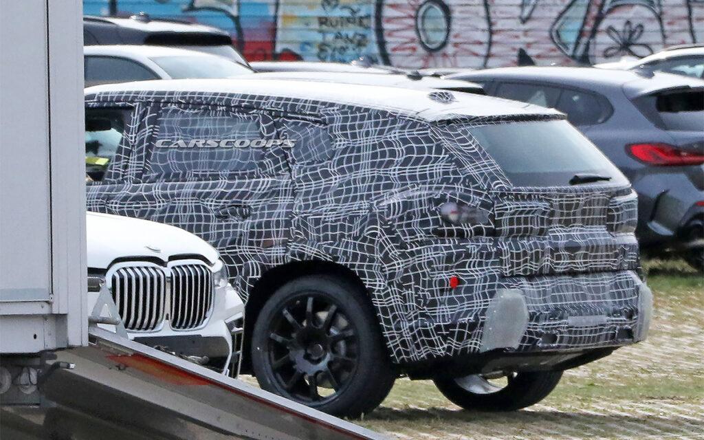 Шпионы сфотографировали самый большой внедорожник BMW на испытаниях