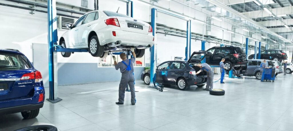 Владельцы российских станций технического обслуживания и ремонта автомобилей высказались против запрета ремонтировать автомобили подержанными запчастями