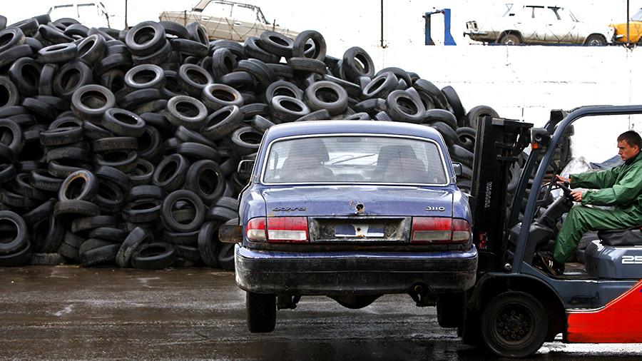 В Госдуме принят законопроект об отмене уплаты утилизационного сбора для временно ввозимых машин на территорию нашей страны