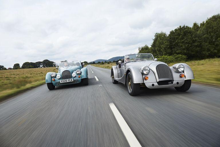 Morgan продолжали делать автомобили на стальной раме и кузове из древесины.