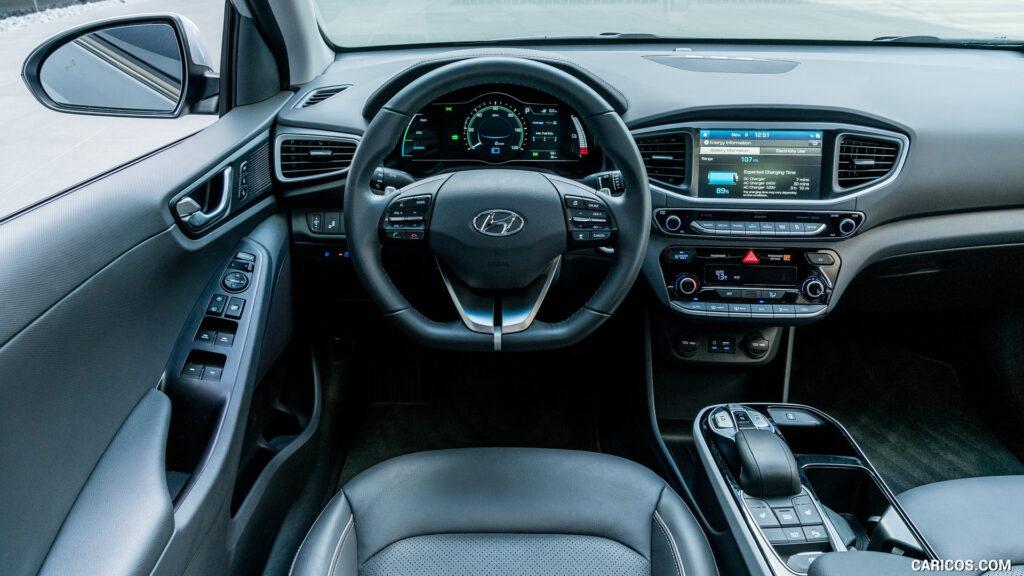 Салон Hyundai Ioniq