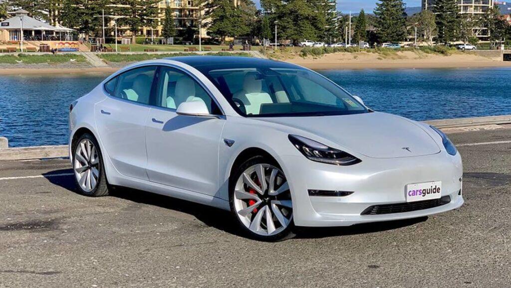 По заявлению руководства компании в 2021 году Tesla должна будет активно развиваться на индийском автомобильном рынке