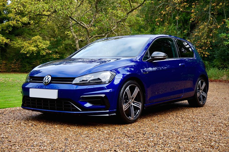 В скором времени состоится премьера нового Volkswagen Golf R