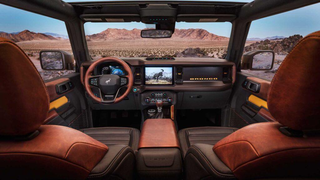 Салон Ford Bronco