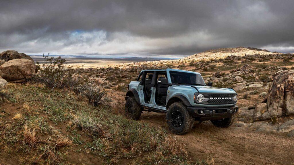 Ford представил семейство внедорожников Bronco