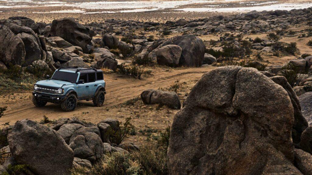 Выпуск внедорожников начнется с особой версии Bronco First Edition, что подчеркнет в будущем уникальность ранних Bronco