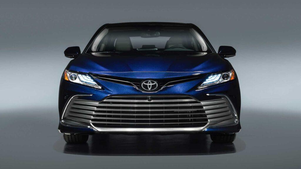 Обновленная Toyota Camry