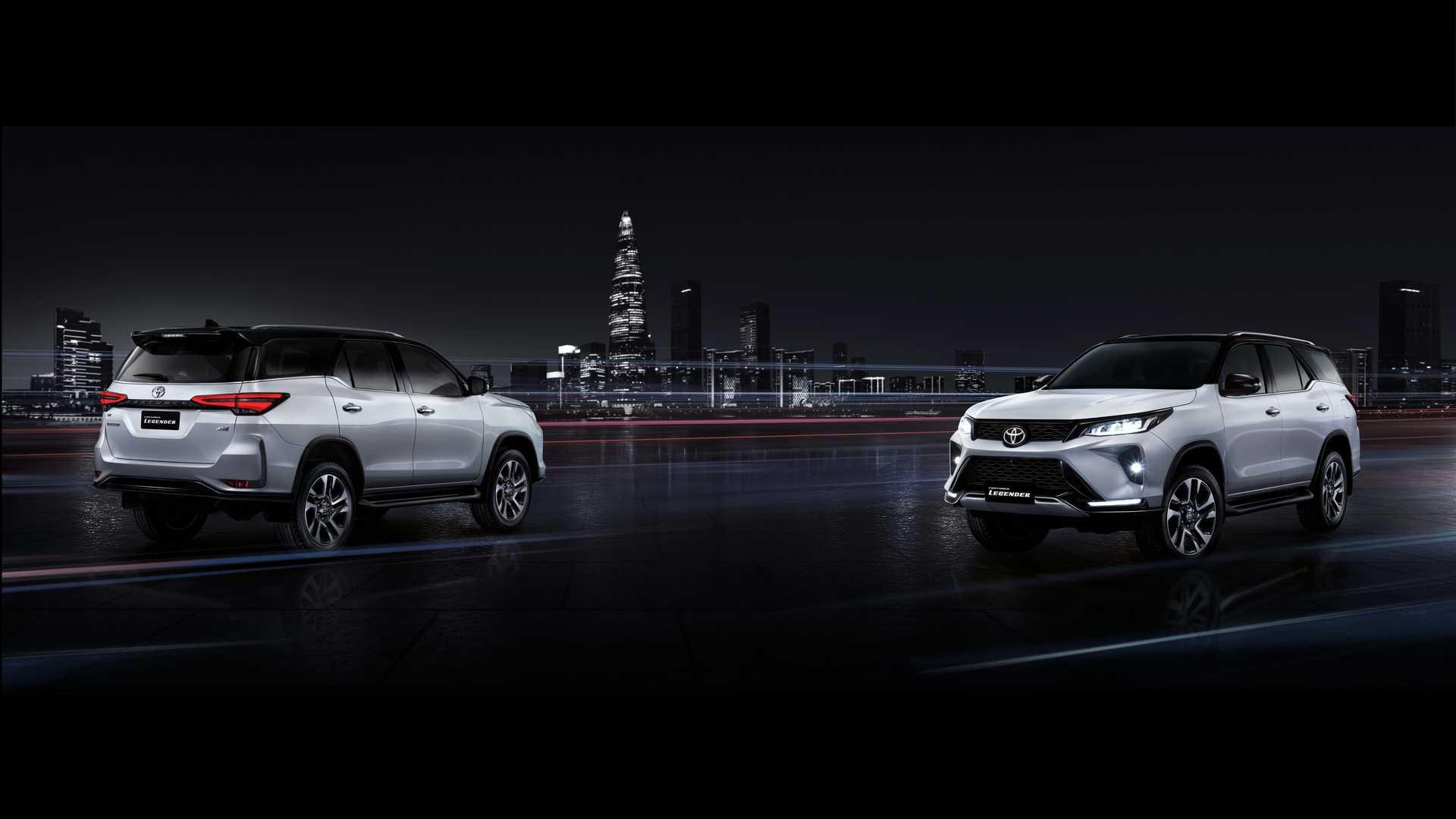 Toyota готовит дебют новых Hilux и Fortuner в России