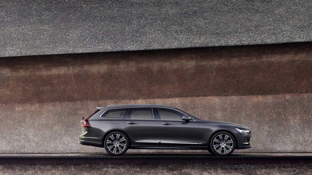 На всех моделях Volvo была снижена максимальная скорость, а именно ее электронное ограничение, до 180 км/ч