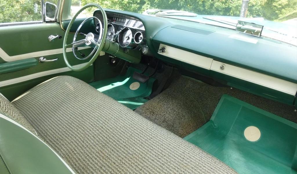 Салон Buick LeSabre