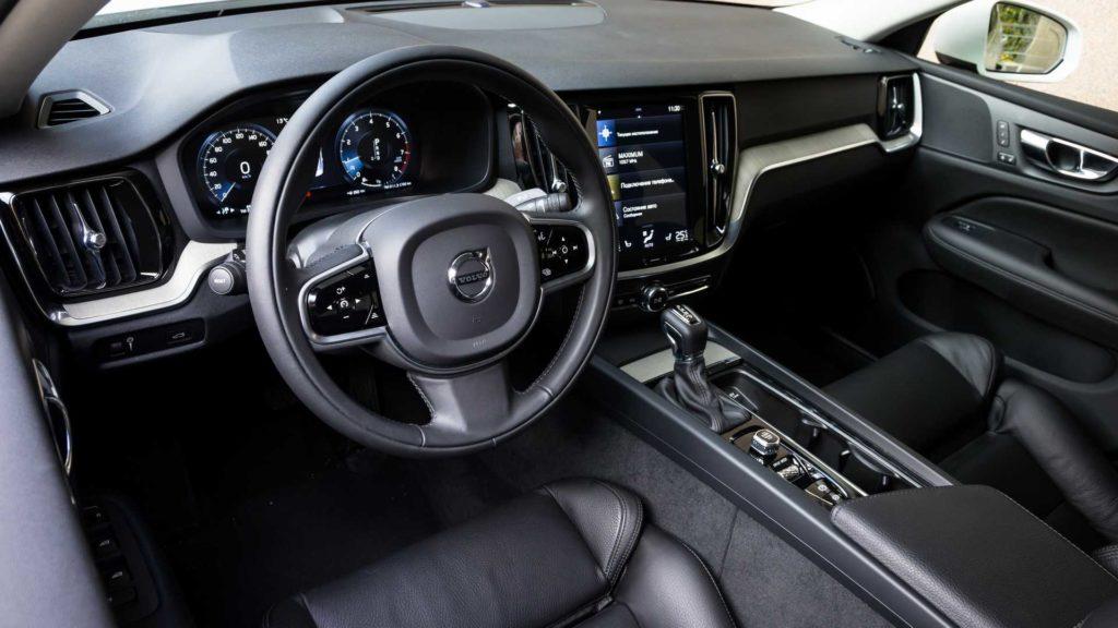 Volvo S60: отличный седан, но время упущено?
