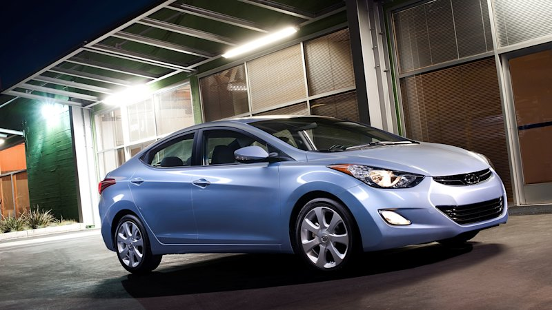 Hyundai проведет большой отзыв модели Elantra из-за возможного возгорания