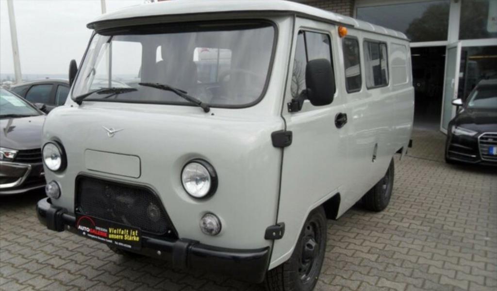 В Германии за 1,8 млн рублей продают новый УАЗ «Буханка»
