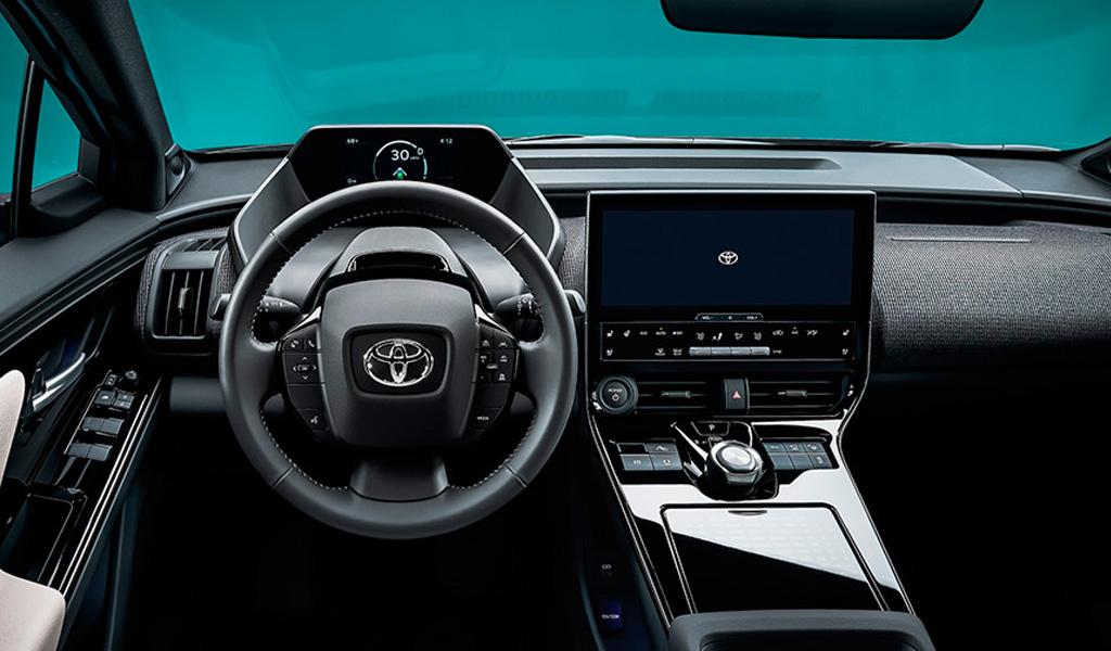 Салон Toyota bZ4X
