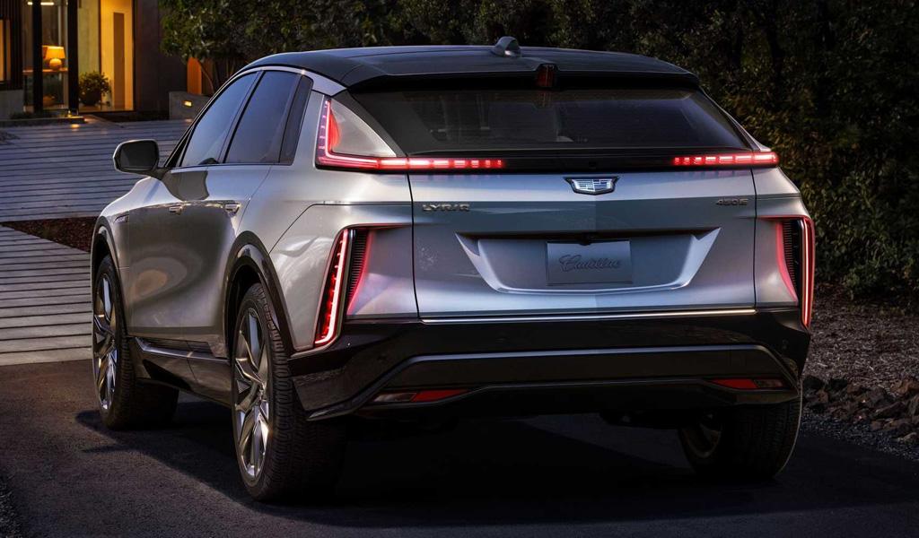 Cadillac Lyriq - вид сзади