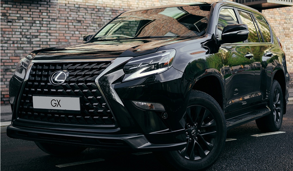 Компания Lexus подняла цены на 14 моделей в России