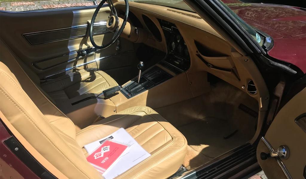 Салон Chevrolet Corvette StingRay C3