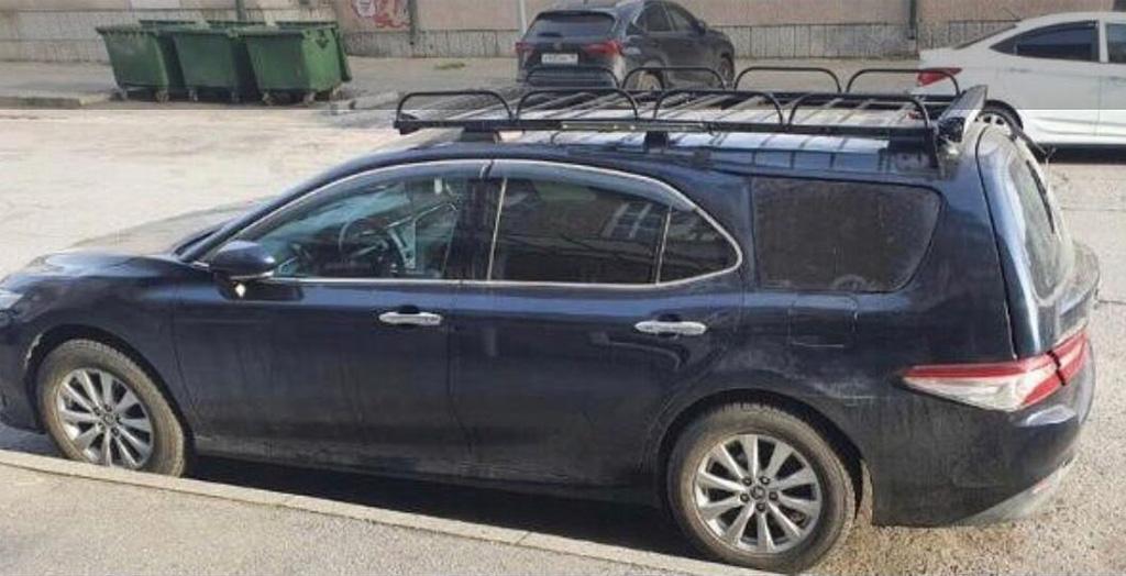 В России сфотографировали Toyota Camry текущего поколения в кузове универсал