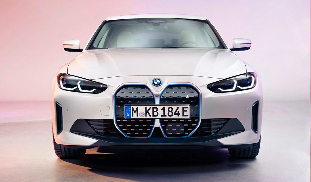 BMW представила электрический лифтбек i4