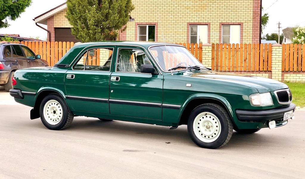 В России на продажу выставили «Волгу» 1999 года с пробегом всего 4 тыс. км