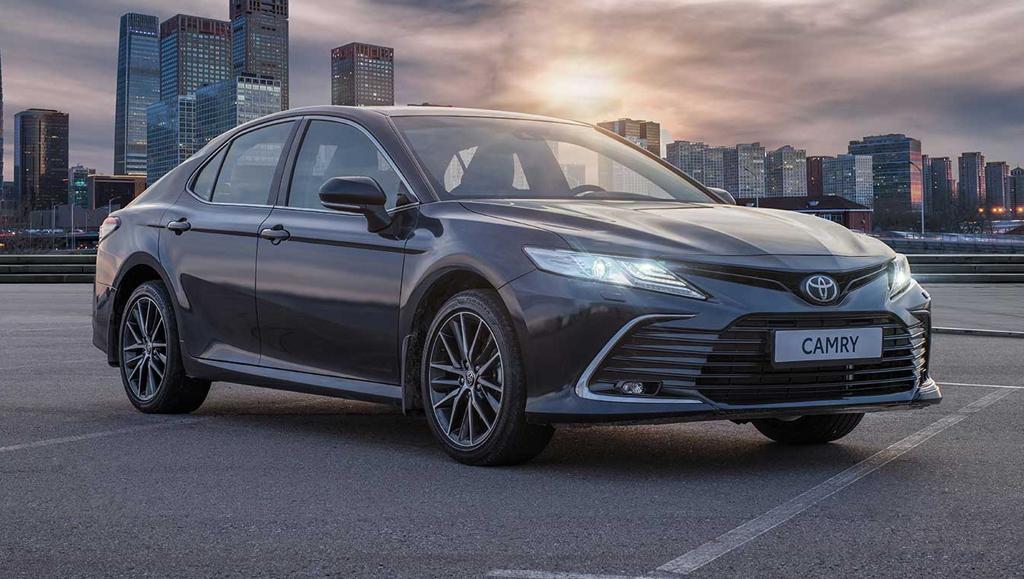 В России начался прием заказов на обновленную Toyota Camry