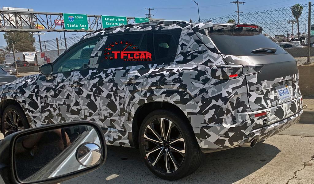 Новая Mazda CX-5 засветилась на фото