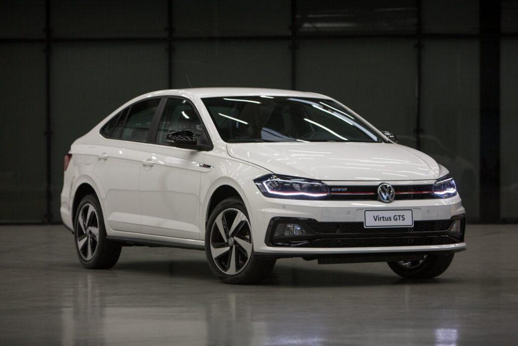 На российском рынке на сегодняшний день к покупке доступна версия Volkswagen Polo только в кузове лифтбек