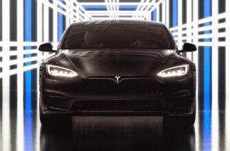 Tesla представила Model S Plaid, способный разогнаться до «сотни» за 2 секунды