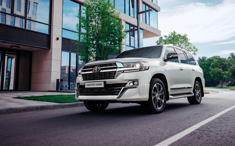 Toyota Land Cruiser 200 для РФ получил обновление