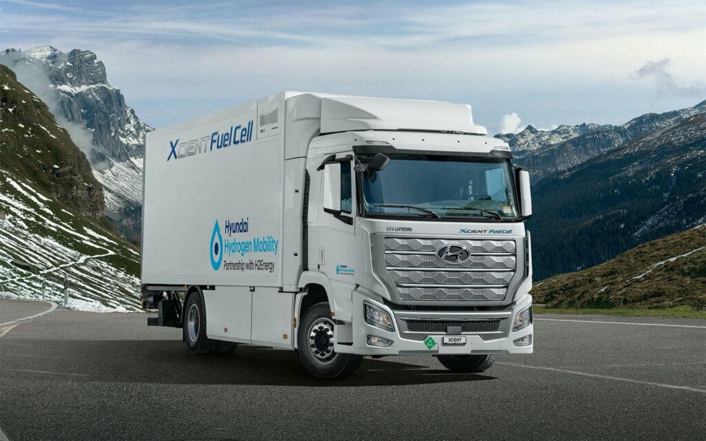 Первые семь моделей уже были направлены в Швейцарию, еще 43 автомобиля должны поступить туда до конца этого года