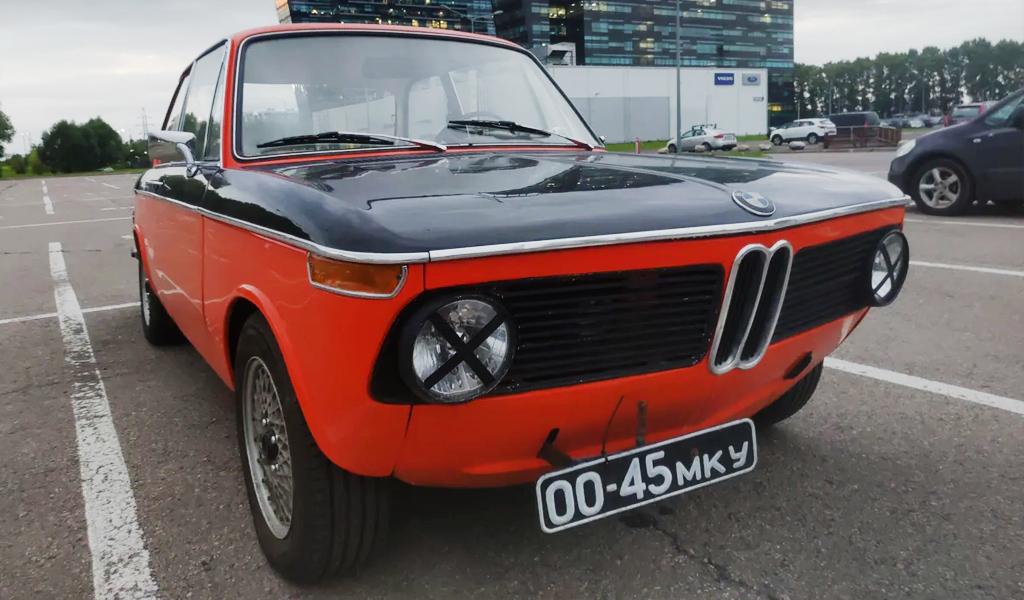 Двухдверный BMW 02 1972 года