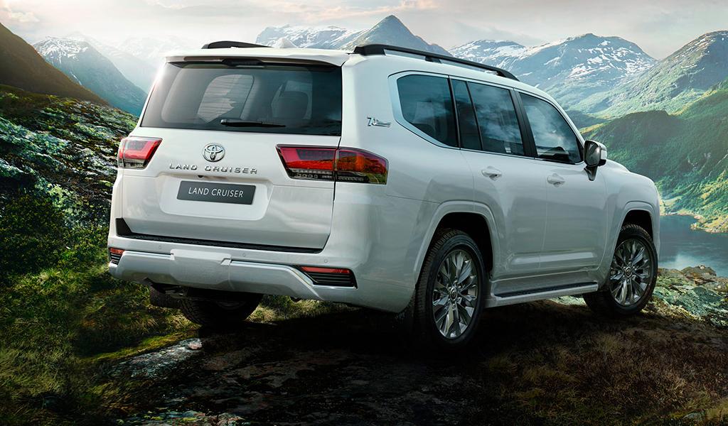 Появились данные о стоимости внедорожника Toyota Land Cruiser 300