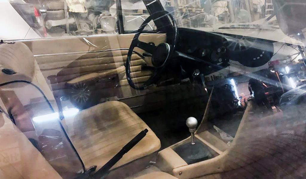 Салон BMW 02 1972 года