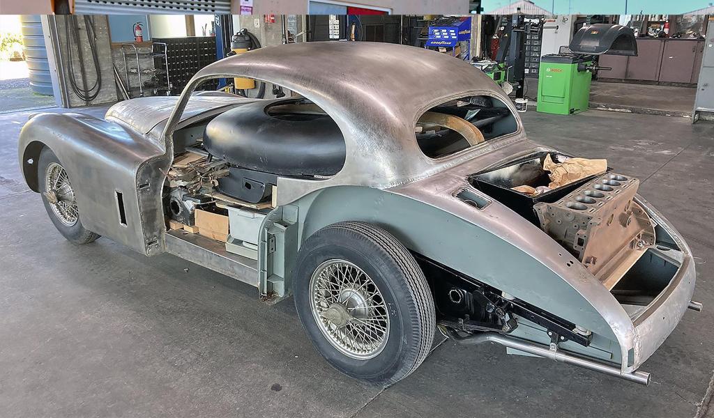 Просто кузов и запчасти от Jaguar XK140 MC 1956 года продали за 3,1 млн рублей