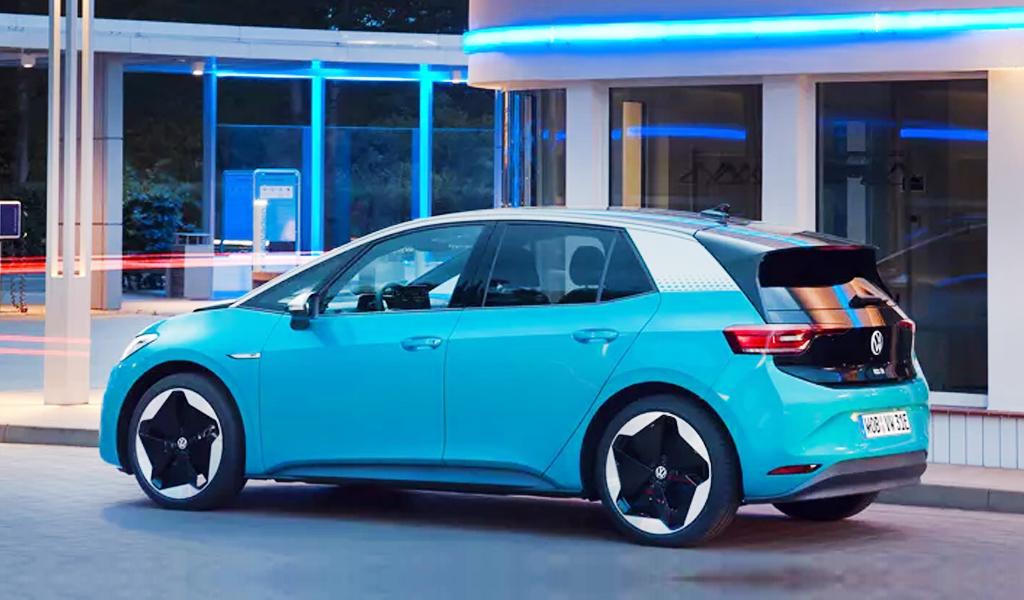 В этом году Volkswagen планирует продать более 450 тысяч электромобилей