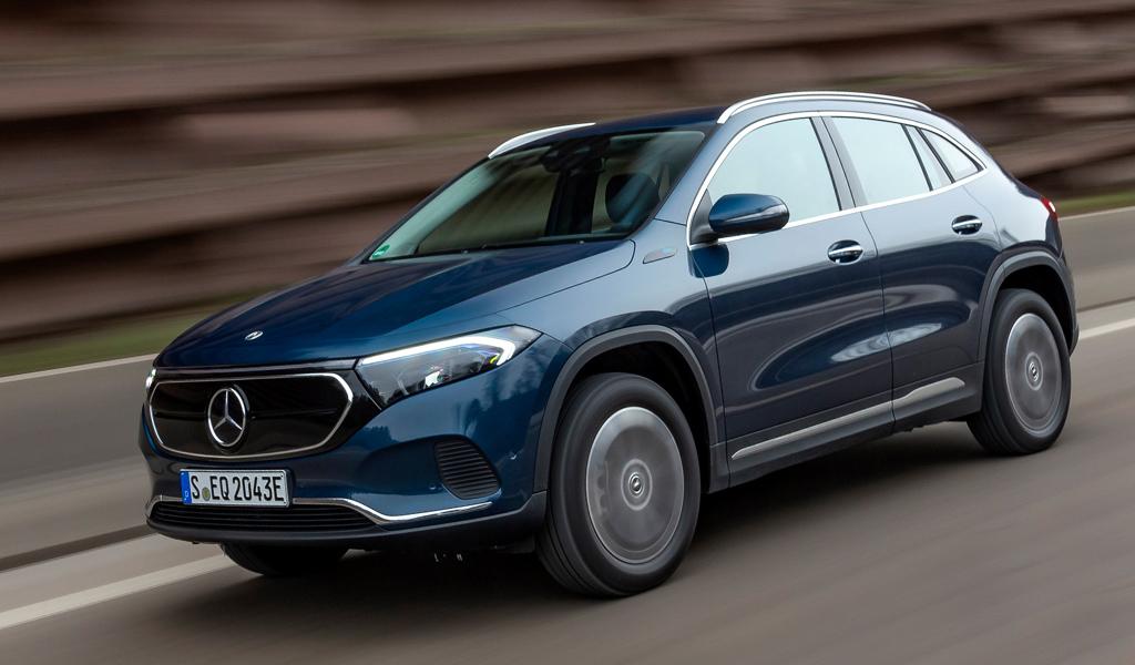 Mercedes представил две новые версии электрокроссовера EQA