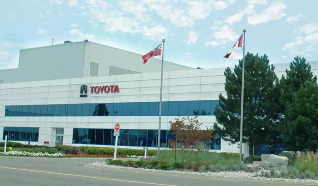 Toyota вынужденно остановила сборку RAV4 и Lexus RX из-за коронавируса на заводах