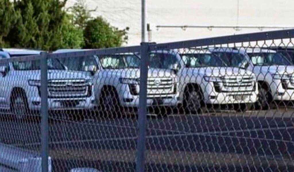Опубликованы новые фото Toyota Land Cruiser 300 без камуфляжа