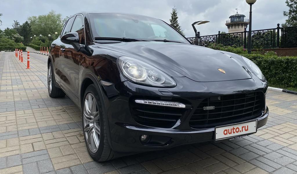 В России на продажу выставлен бронированный Porsche Cayenne за 4 млн рублей