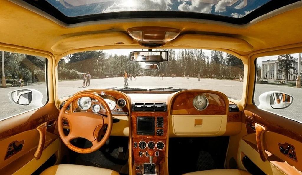 В России продают 56-летнюю «Чайку» за 11 миллионов рублей