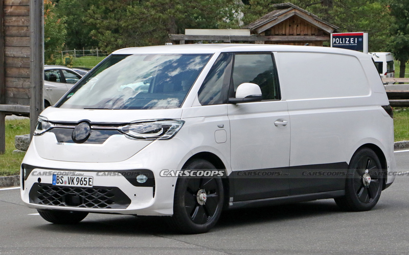 Новые «шпинские» фото минивэна Volkswagen