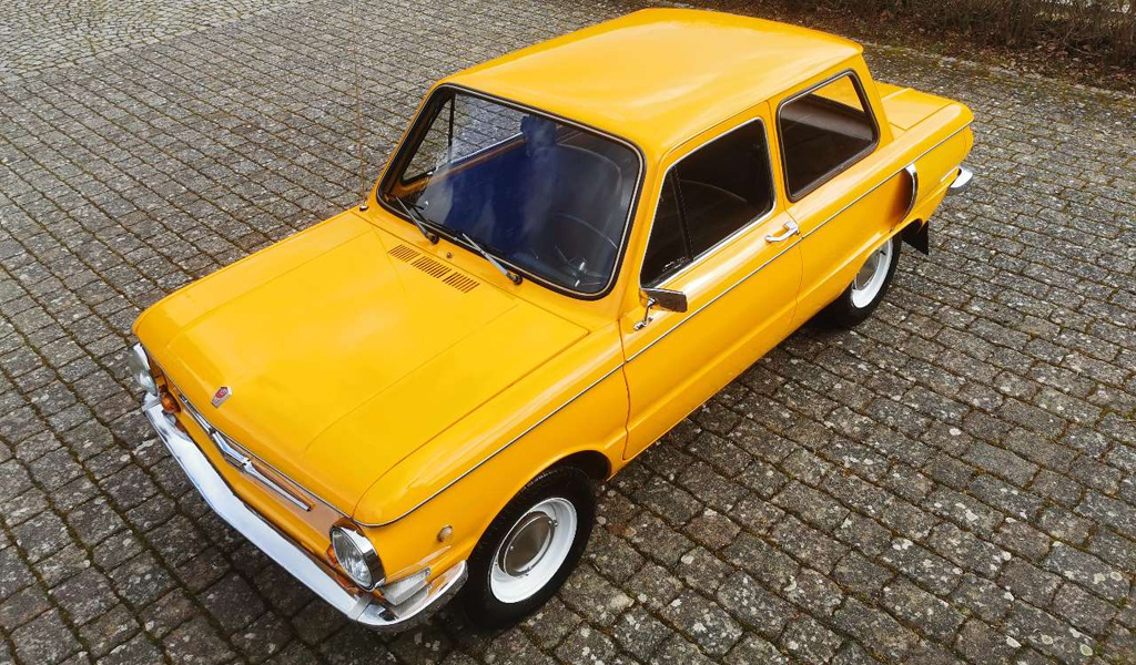 На продажу в Германии выставили старый «Запорожец» по цене нового Lada Largus