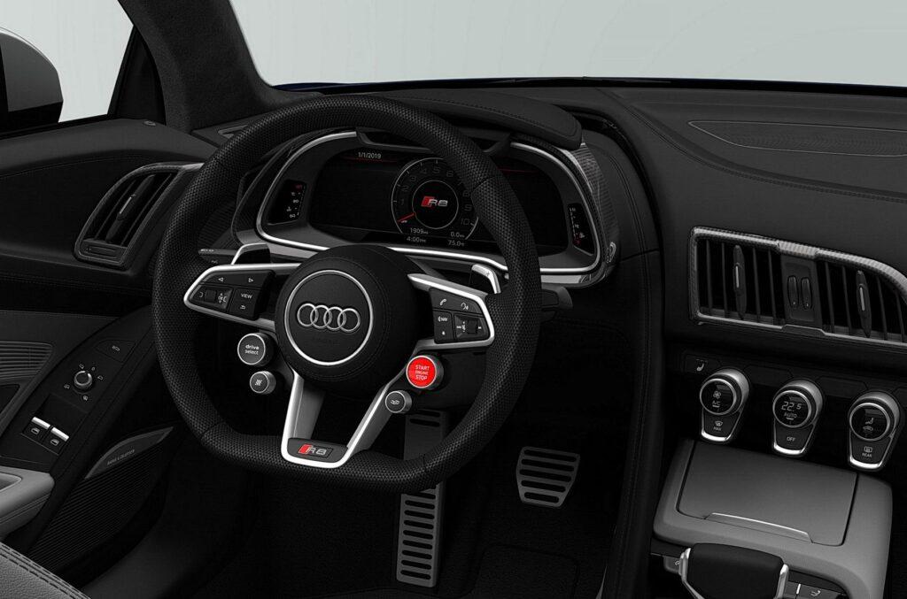 Дизайн салона Audi R8 V10 Quattro Limited Edition