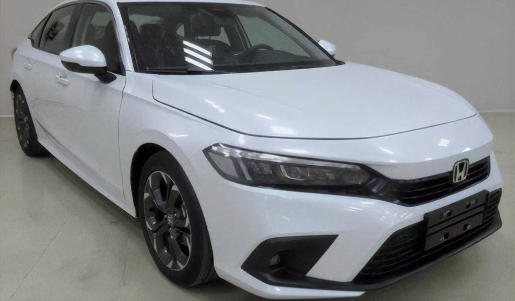Опубликованы изображения серийной новой Honda Civic