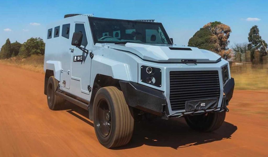 Компания из Южной Африки создала бронированный внедорожник на базе Toyota Land Cruiser