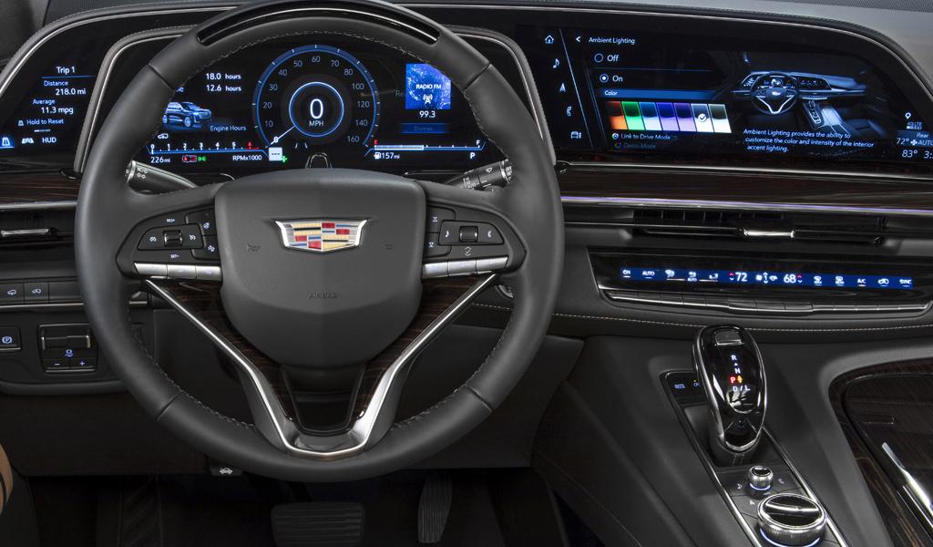 Салон нового Cadillac Escalade