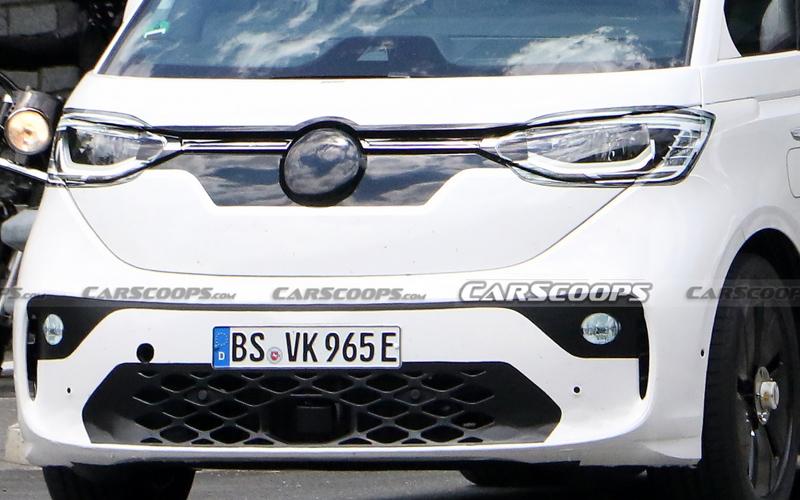 Передняя часть нового электроминивэна Volkswagen